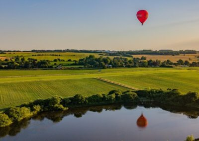 Kent Ballooning   Spitfire reflection slider